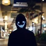 Purge Μάσκα LED για να Έχεις ό,τι Πρόσωπο Θέλεις || με App Κινητού