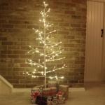 Εντυπωσιακό Τεχνητό Διακοσμητικό Χριστουγεννιάτικο Φωτιζόμενο Δέντρο 150εκ με Λευκά - Χιονισμένα Κλαδιά & Θερμό Led Φωτισμό