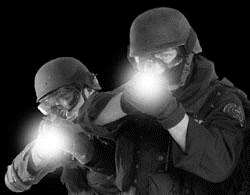 Επαναφορτιζόμενος Φακός SWAT LED 3W 400 Lumens POLICE